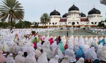 Tata Cara Sholat Idul Adha Lengkap dengan Arti