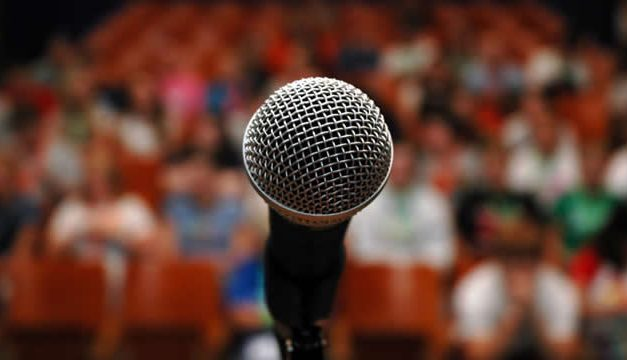 Doa Dilancarkan Berbicara Di Depan Umum (Public Speaking)