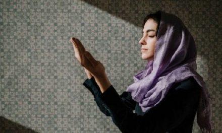 7 Kumpulan Doa untuk Keluarga agar Sakinah dan Bahagia Dunia Akhirat