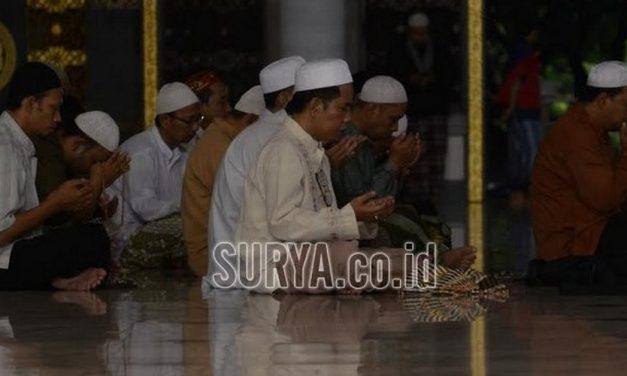 Doa-doa Setelah Salat Maghrib, Isya, Subuh, Dzuhur dan Ashar yang Dicontohkan Rasulullah