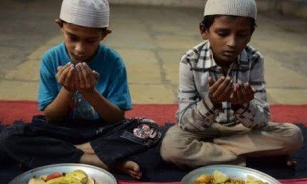 Lakukan 4 Hal ini Saat Makan dan Minum, Sesuai Sunnah Rasulullah