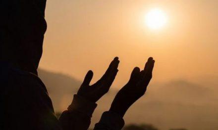 8 Doa Mendatangkan Rezeki Tak Terduga