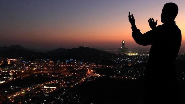 Doa Mohon Perlindungan dari Orang Zalim